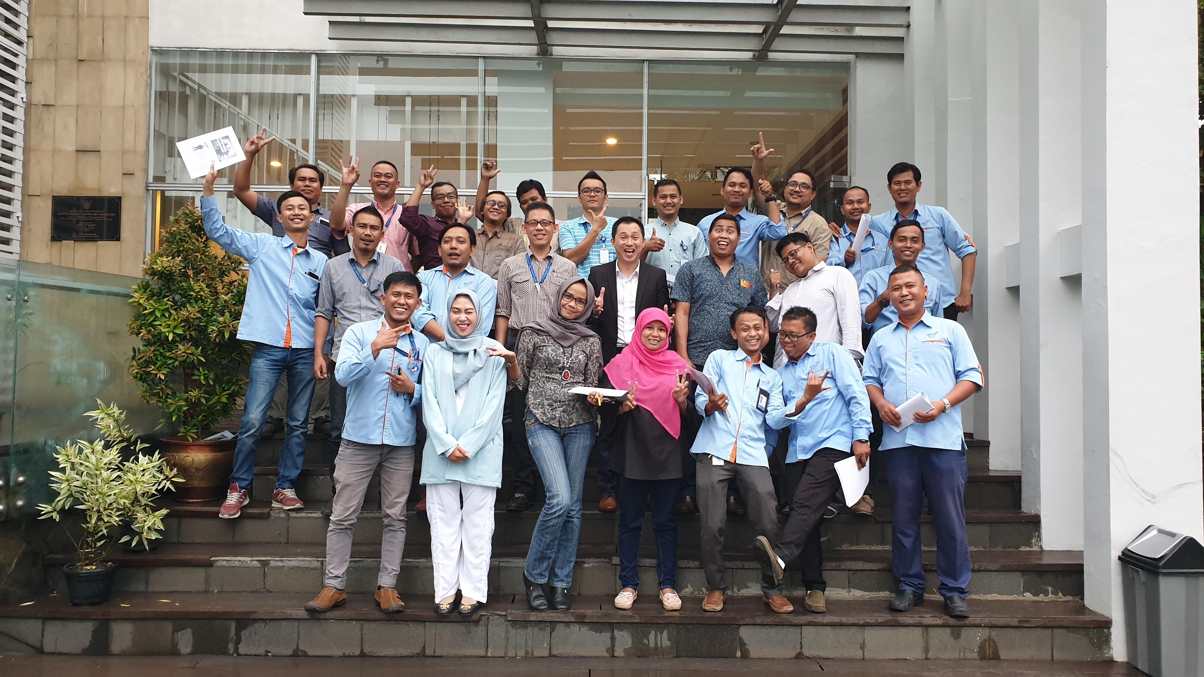 Training Sales Mastery di PT Aetra